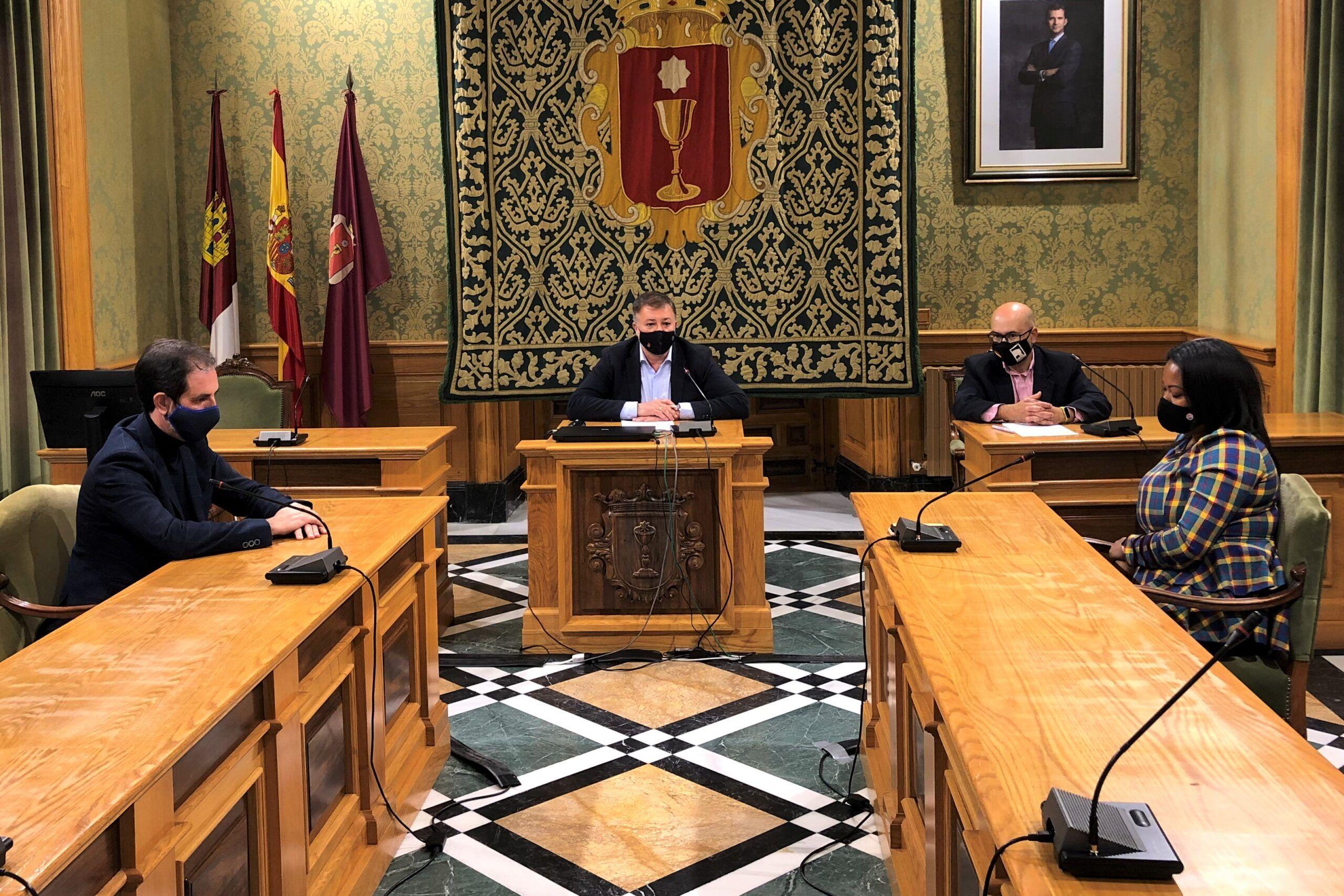 El Ayuntamiento de Cuenca incrementa un 75% el convenio del comercio, hasta 35.000 euros