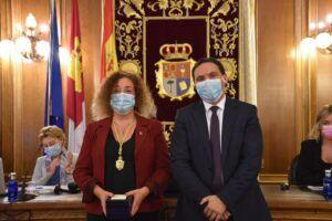 Martínez Chana da la bienvenida a Marta Tirado como nueva diputada provincial por el grupo Cuenca Nos Une