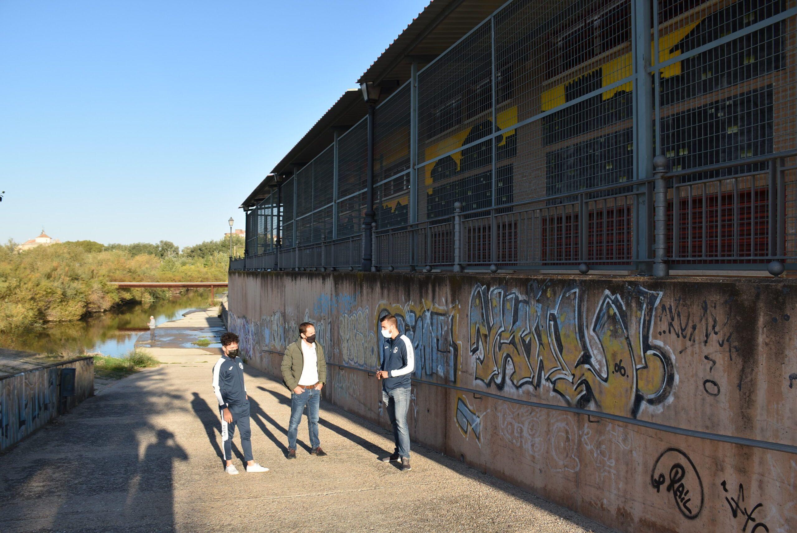 Finalizadas las obras de ampliación y mejora en el hangar de piragüismo para el Club Talavera-Talak, los aficionados a este deporte y toda la ciudad