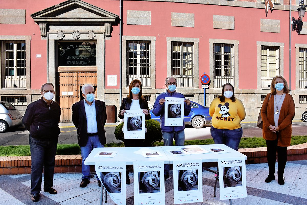 """Carlos Gil destaca el """"gran trabajo"""" realizado por Taboracrom durante estos años en el Maratón Fotográfico y el Certamen Nacional de Fotografía"""