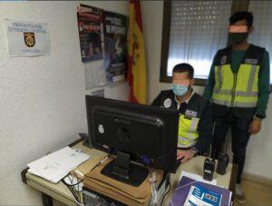 La Policía Nacional detiene a dos personas que realizaban contratos de trabajo ficticios para defraudar a la Seguridad Social