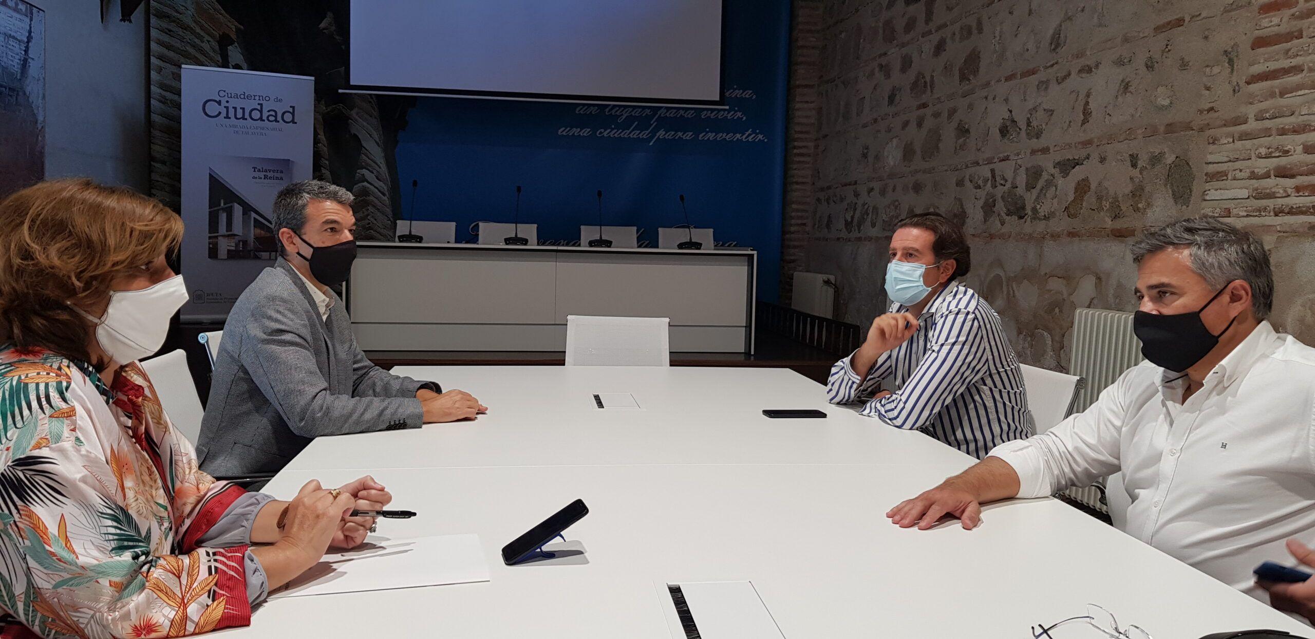 """El Ayuntamiento de Talavera y Fedeto mantienen la total colaboración para trabajar en un """"frente común"""" ante la situación sanitaria y planificar la continuidad de los proyectos de ciudad"""