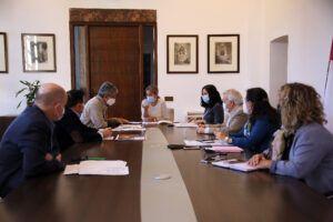 El Gobierno local aprueba el proyecto técnico para la rehabilitación de la torreo y puerta oeste del Puente de Alcántara