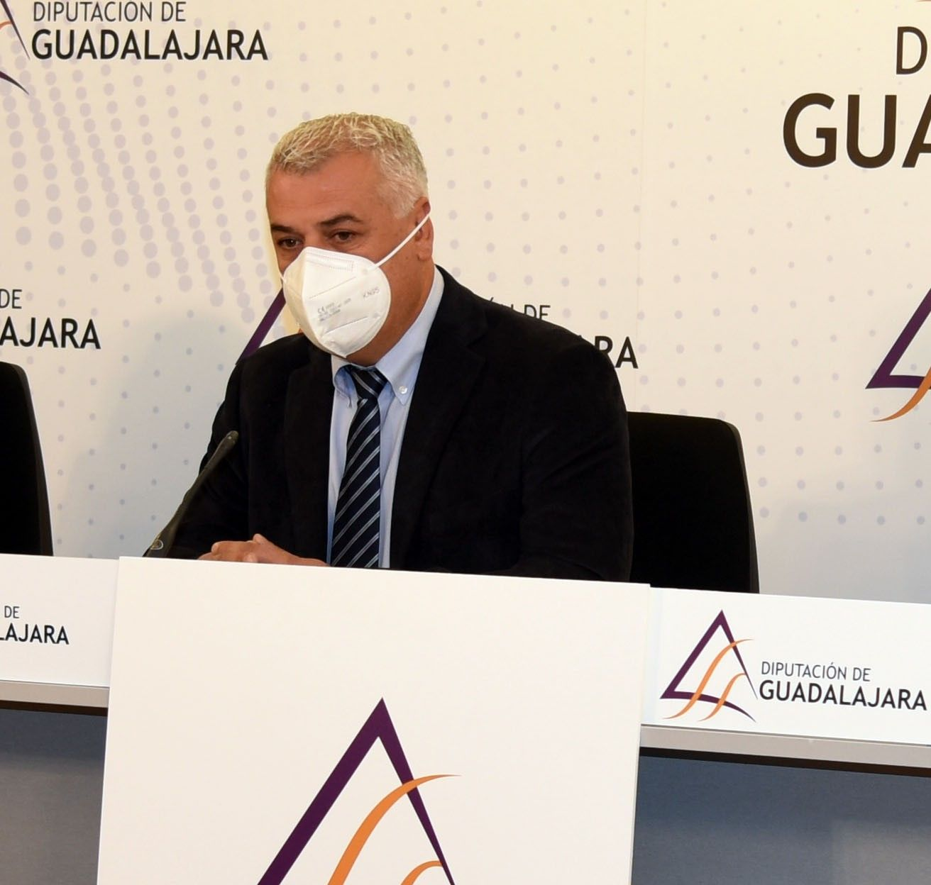La Diputación sufragará gastos de los ayuntamientos para limpieza y desinfección de colegios por el COVID