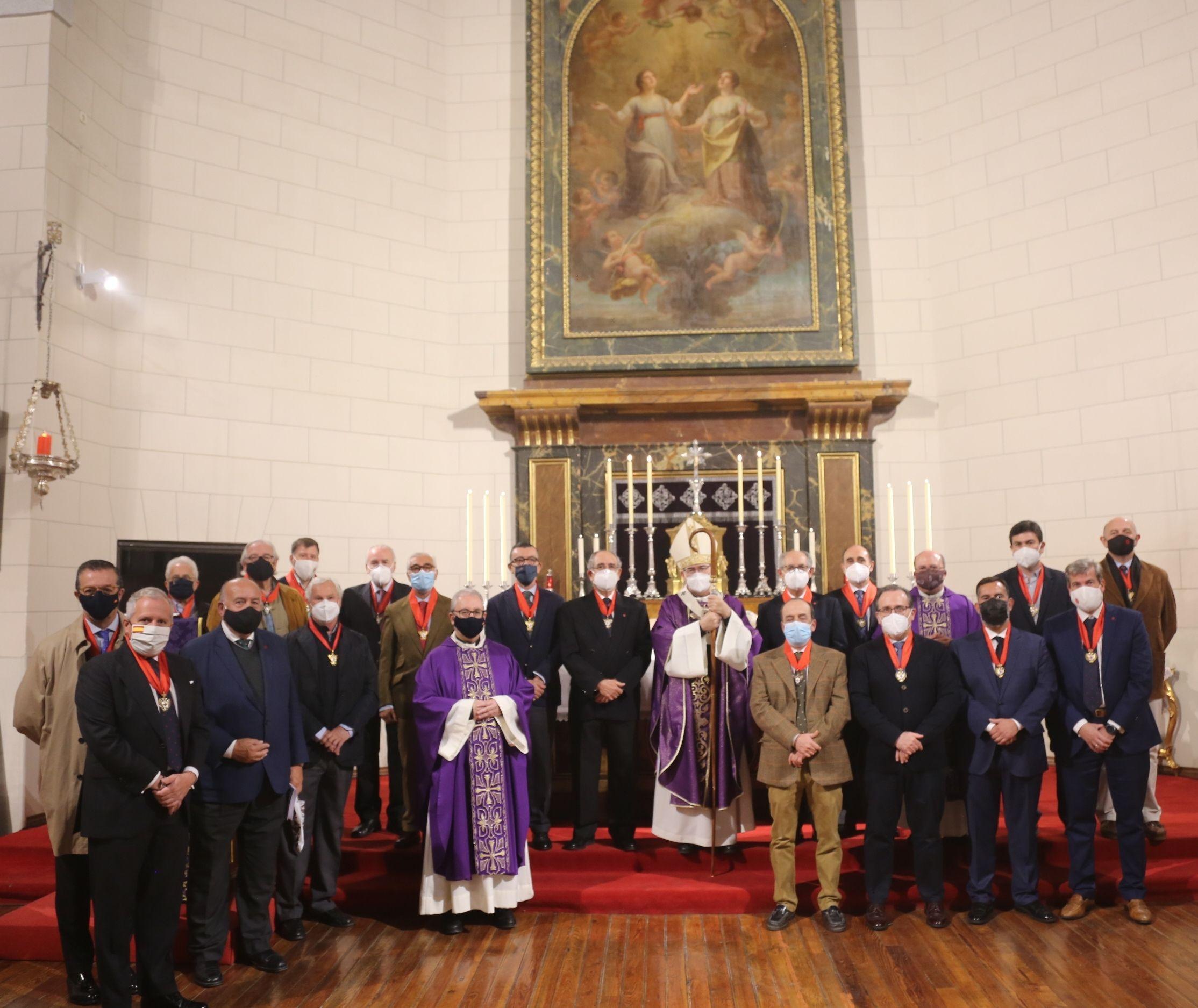 El Capítulo de Caballeros del Santo Sepulcro de Toledo inaugura su Curso Capitular con la celebración de la Santa Misa de Difuntos.