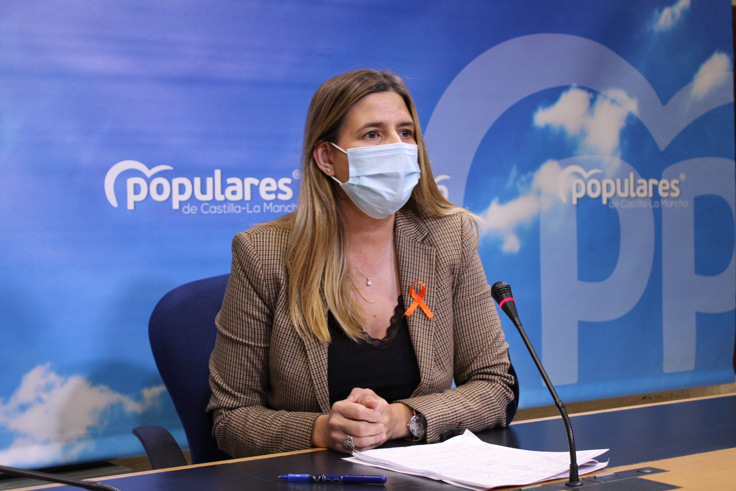 Agudo exige a Page que se deje de tanta `palabrería´ y pase a la acción ordenando a sus diputados socialistas que voten en contra de las `atrocidades´ de Sánchez