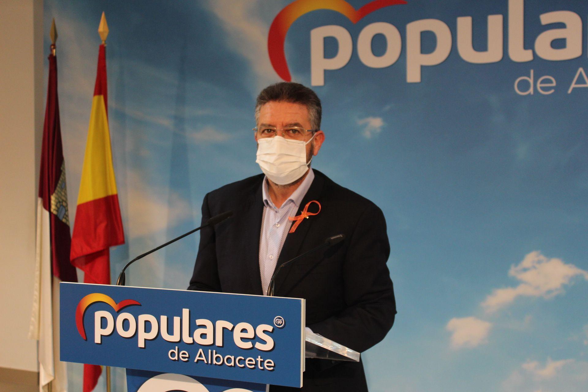 El PP-CLM pide a García-Page pasar del