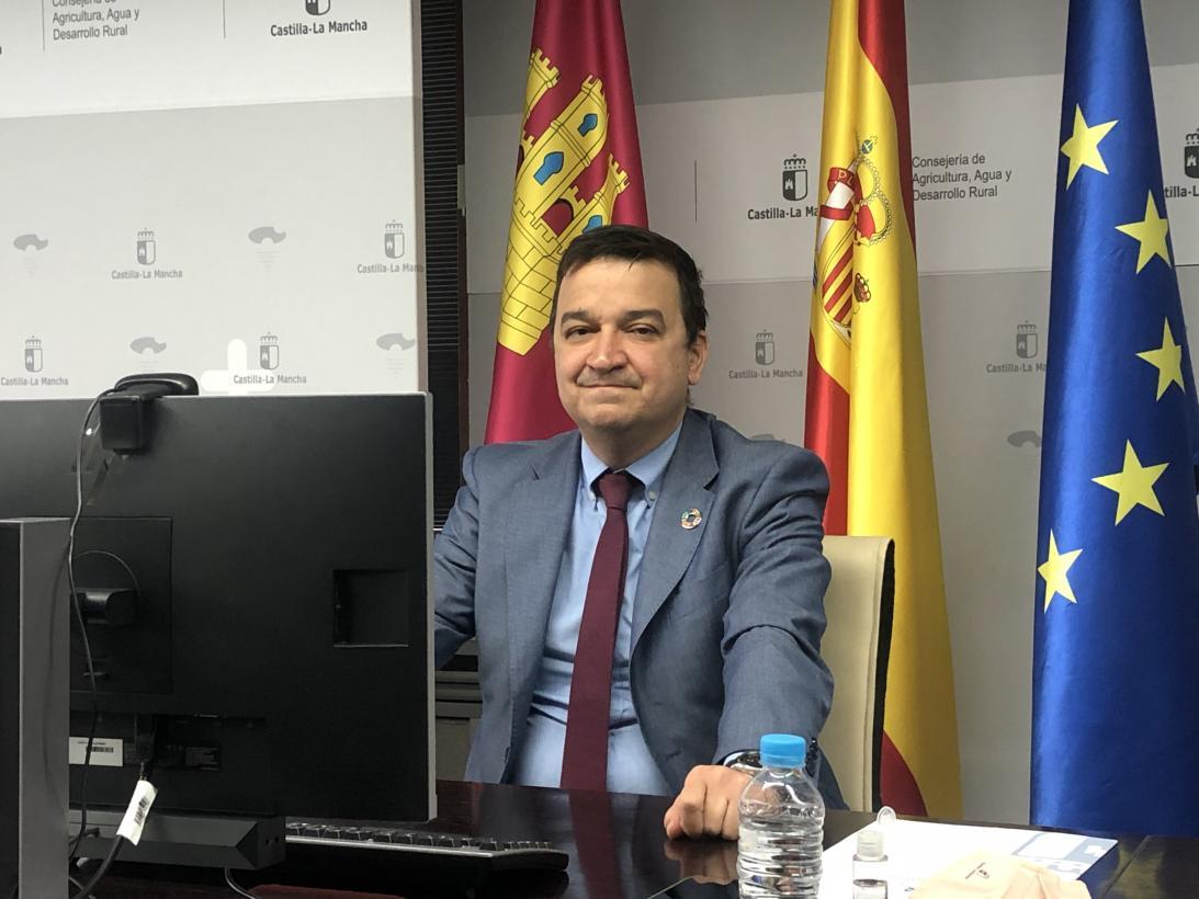 Castilla-La Mancha vincula su futuro agrario al relevo generacional, la presencia de la mujer, la profesionalización y la integración comercial