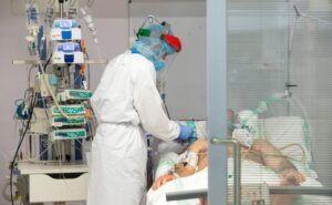 Castilla-La Mancha tiene el menor número de pacientes COVID-19 ingresados en UCIS y que necesitan respirador desde mediados de septiembre