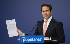 """El PP carga contra el Gobierno por """"lavarse las manos"""" con la pandemia y dejar """"solos"""" a los presidentes regionales"""