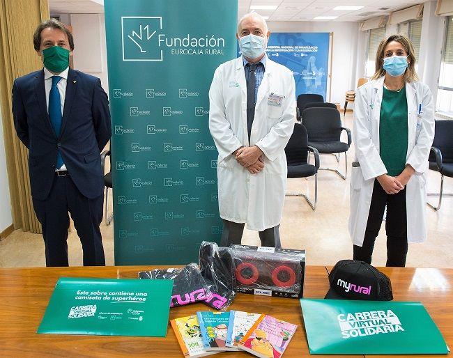 Eurocaja Rural realiza una donación de artículos al Hospital Nacional de Parapléjicos de Toledo