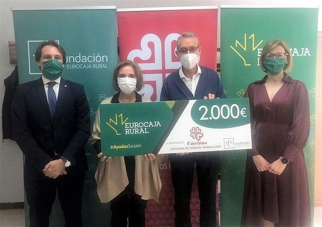 Fundación Eurocaja Rural entrega a Cáritas Sigüenza-Guadalajara 2.000 euros como beneficiaria de las primeras 'Ayudas Sociales Frente al COVID-19'