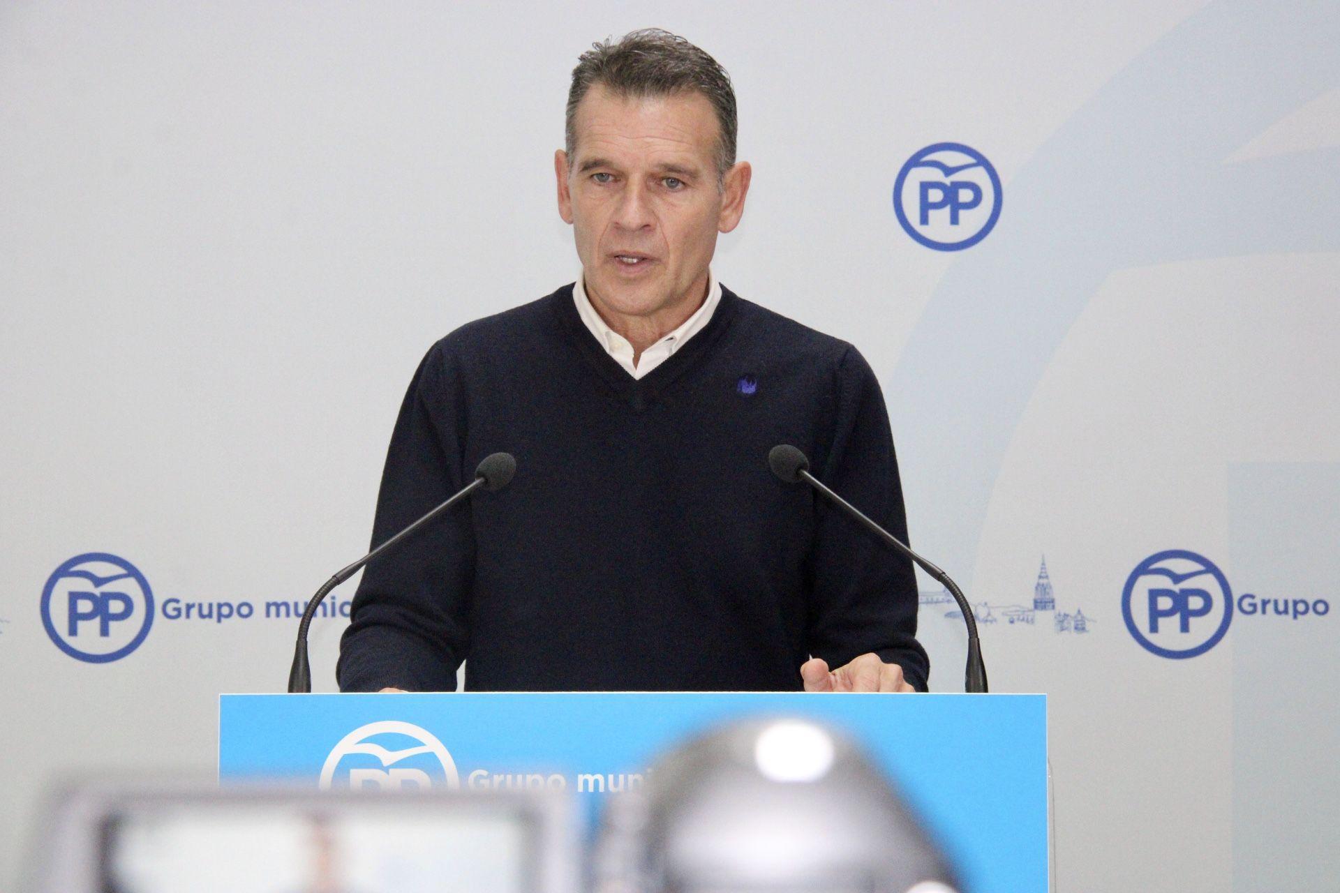 Gamarra exige a Tolón que cumpla su palabra y conceda de inmediato a los autónomos y pymes el millón y medio de euros que les prometió