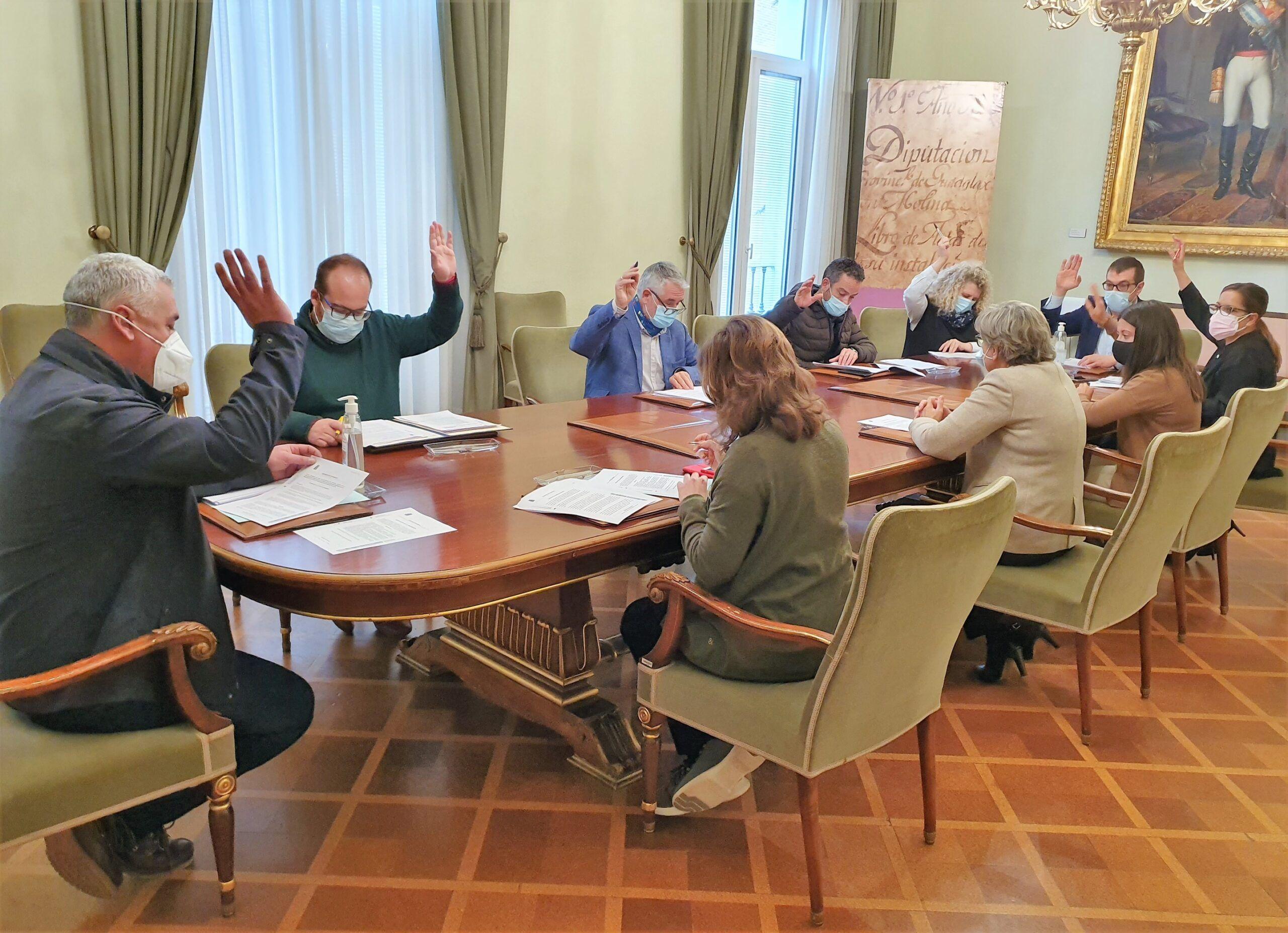 La Diputación ayuda a 228 pequeños negocios rurales a renovar maquinaria y equipamientos