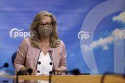 Merino exige la dimisión de Fernando Mora tras arrojar a Claudia Alonso una libreta en un programa de televisión