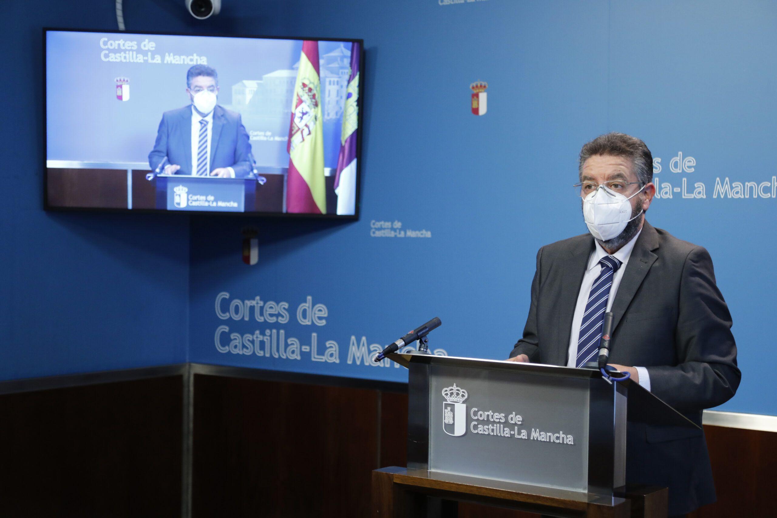 Moreno denuncia que los presupuestos no recogen las necesidades de la sanidad regional, eluden responsabilidades, y tienen un objetivo puramente electoral