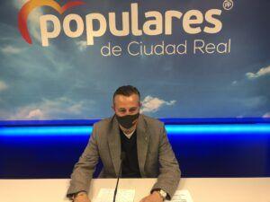 """Fernández : """"La subida de impuestos de Sánchez y Page es un atraco a las economías de todos los españoles y la ruina para Castilla-La Mancha"""""""