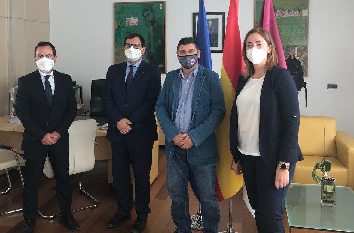 El Gobierno regional, con una inversión de 600.000 euros, ampliará en cuatro unidades más el IES `Jiménez Landi´ de Méntrida