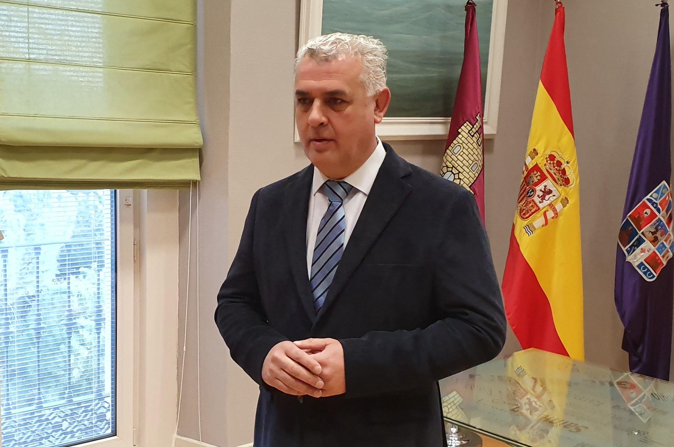 La Diputación de Guadalajara realiza un nuevo anticipo de 5,4 millones a los pueblos de la provincia