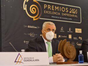 Vega anuncia nuevas líneas de ayuda para empresas de espectáculos, artistas y ganaderías de reses bravas