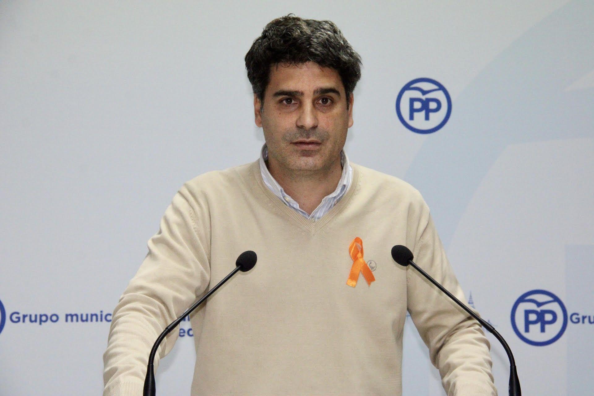 """Alcalde denuncia """"las mentiras de Tolón"""" con el nuevo Cuartel de la Guardia Civil: """"Hay cero euros presupuestados, solo existe una estimación de su coste total"""""""