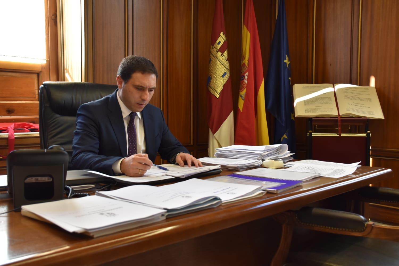 Martínez Chana trabaja en una remodelación del equipo de Gobierno para afrontar los dos últimos años de legislatura