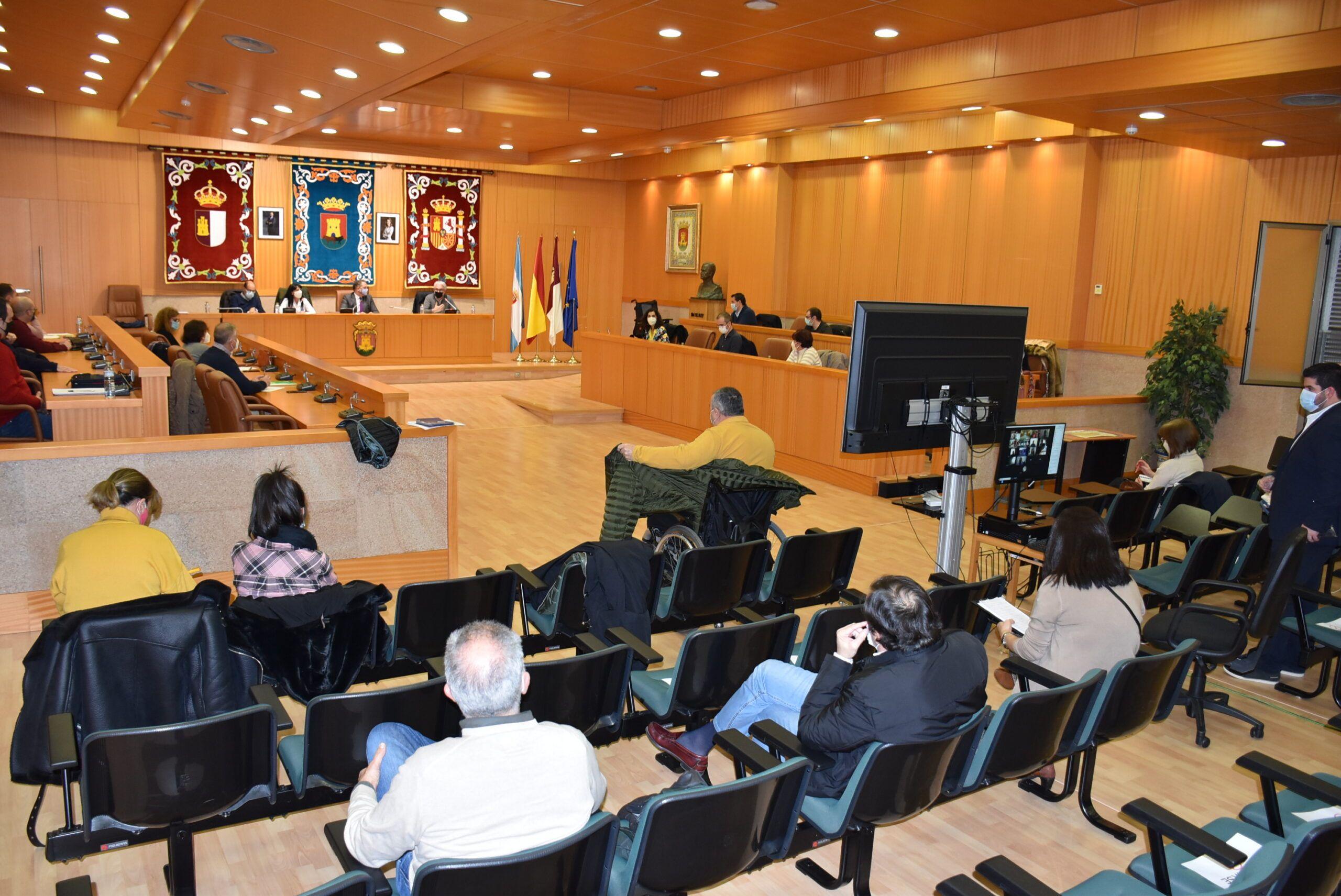 El equipo de Gobierno presenta el Plan integral y universal de Accesibilidad ante el Consejo Local y los agentes colaboradores