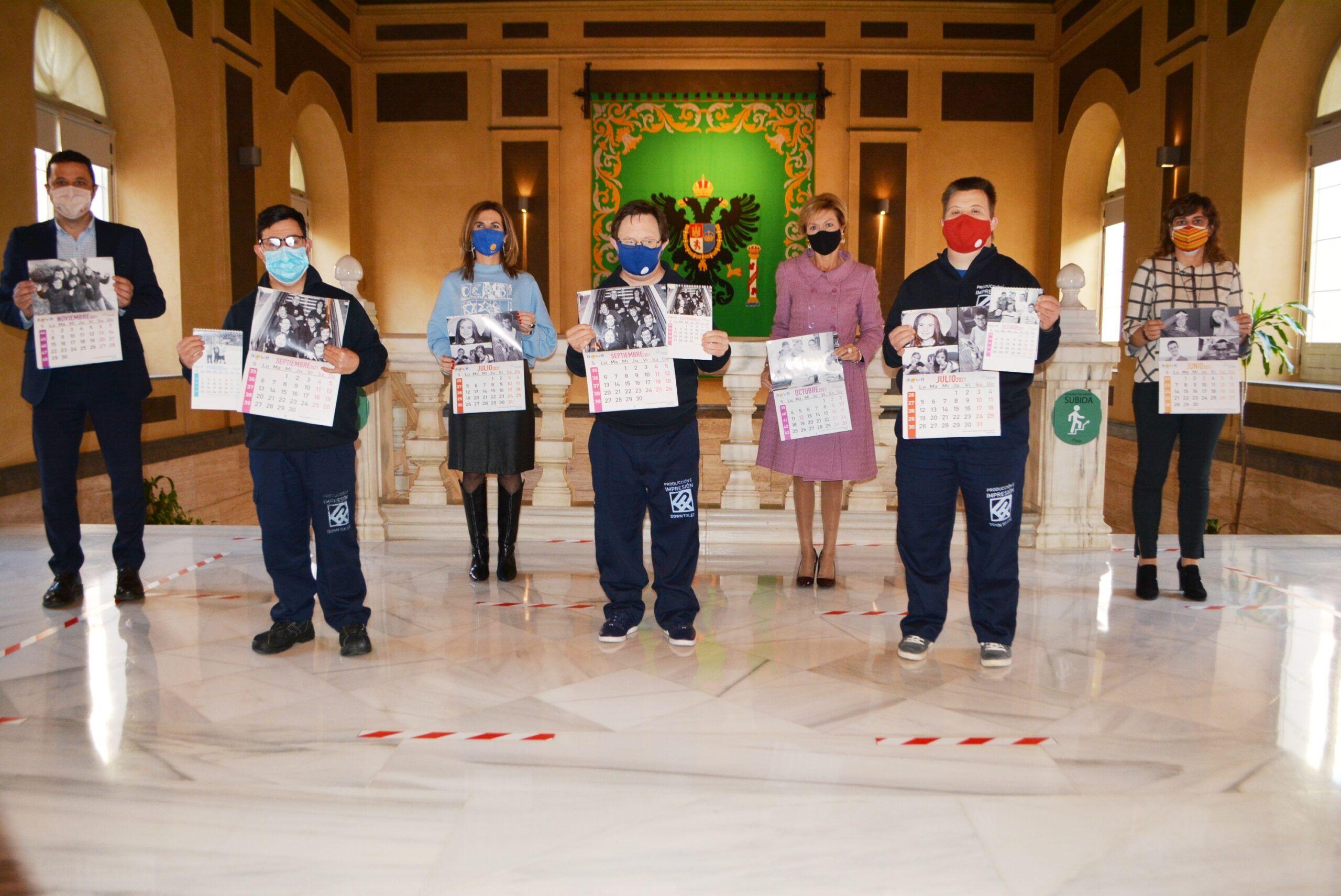 La Diputación colabora con Down Toledo en la edición de 3.500 calendarios para 2021