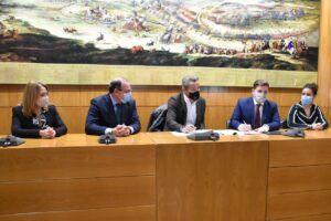 El Ejecutivo regional cede 35 viviendas al Ayuntamiento de Almansa y continua la hoja de ruta marcada por el Consejo de Gobierno celebrado en la ciudad