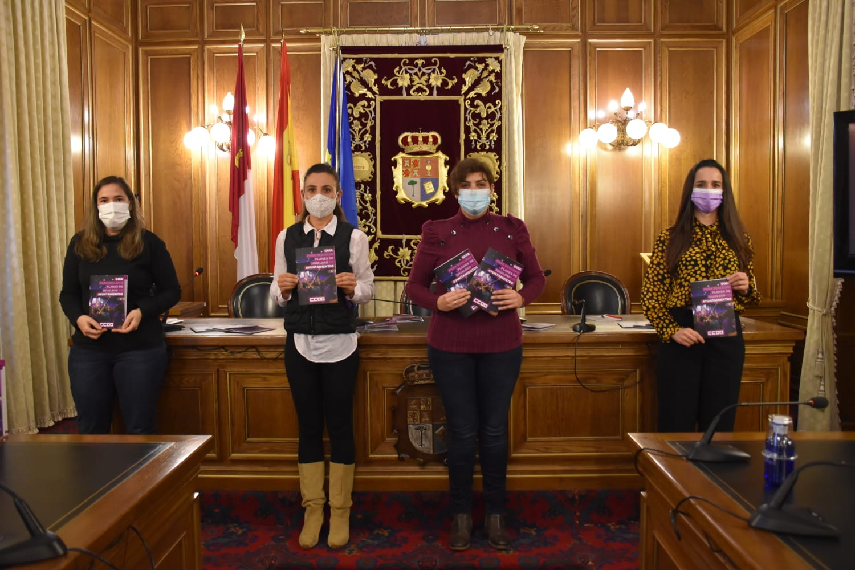 La Diputación de Cuenca y CCOO diseñan una guía para que los ayuntamientos puedan desarrollar sus planes de igualdad