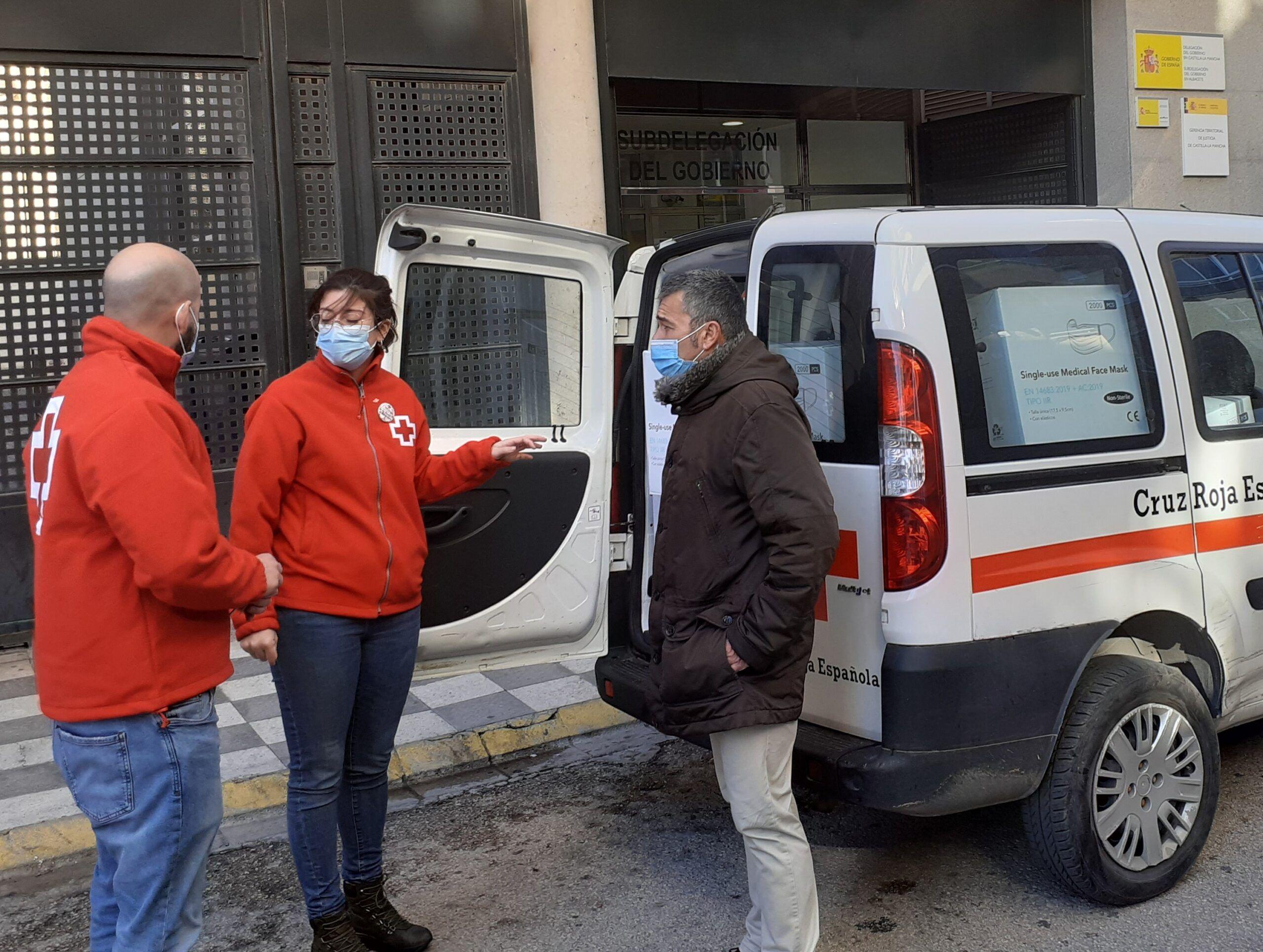 La Subdelegación del Gobierno comienza un nuevo reparto de 98.000 mascarillas de protección frente al Covid a entidades locales y sociales