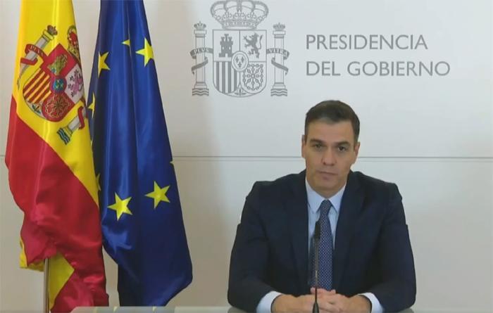 """Sánchez agradece a las Fuerzas Armadas su """"labor callada y al servicio de la democracia"""""""