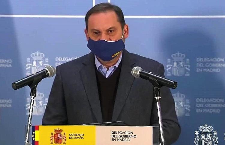 """El Gobierno avisa: """"Las nevadas van a ser heladas"""" y """"quedan horas difíciles"""""""