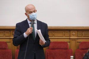 Bravo pide al Gobierno de Page que vigile el cumplimiento de la Ley de Cadena Alimentaria, en vez de inventar decretos que no aportan nada