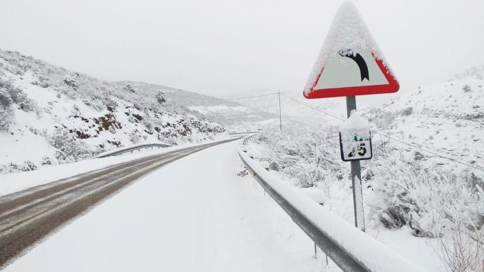 El Gobierno de Castilla-La Mancha tiene preparado un dispositivo especial para hacer frente a las incidencias que pueda provocar la nieve en la Red Regional de Carreteras