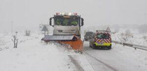 El Gobierno regional afronta el hielo de las carreteras con casi 1.000 toneladas de sal utilizadas hoy en la Red y 3.000 a lo largo de los últimos cuatro días