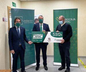 Fundación Eurocaja Rural entrega a Cáritas Ávila más de 3.500 euros, fruto de la solidaridad de la sociedad de esta provincia con los más necesitados
