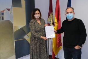 El Gobierno regional apoya la realización de un libreto sobre Francisca de Pedraza, primera mujer maltratada que obtuvo una sentencia de separación en el siglo XVII