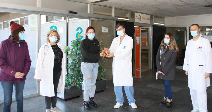 'Piensa algo bonito', un vídeo para animar y resolver las dudas de los niños que van a operarse en el Hospital Virgen de la Luz de Cuenca