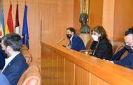 El equipo de Gobierno defiende y reitera en el Pleno su apoyo a los conciertos educativos, la libertad de elección de centro y la Educación Especial