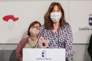 El Gobierno de Castilla-La Mancha defiende que las medidas duras que se adoptaron han permitido no colapsar los hospitales y salvar vidas