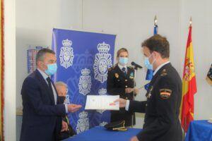 El subdelegado del Gobierno asiste en Comisaria al nombramiento de cinco nuevos inspectores de Policía