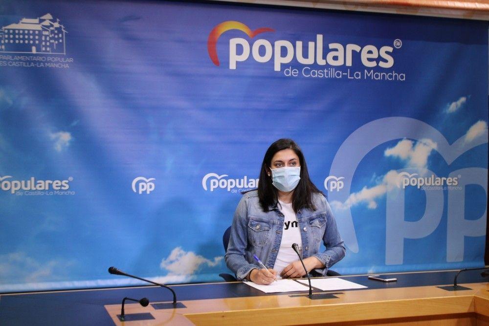Jiménez acusa a Page de improvisación en la administración de vacunas y pide un plan que agilice el proceso y priorice colectivos