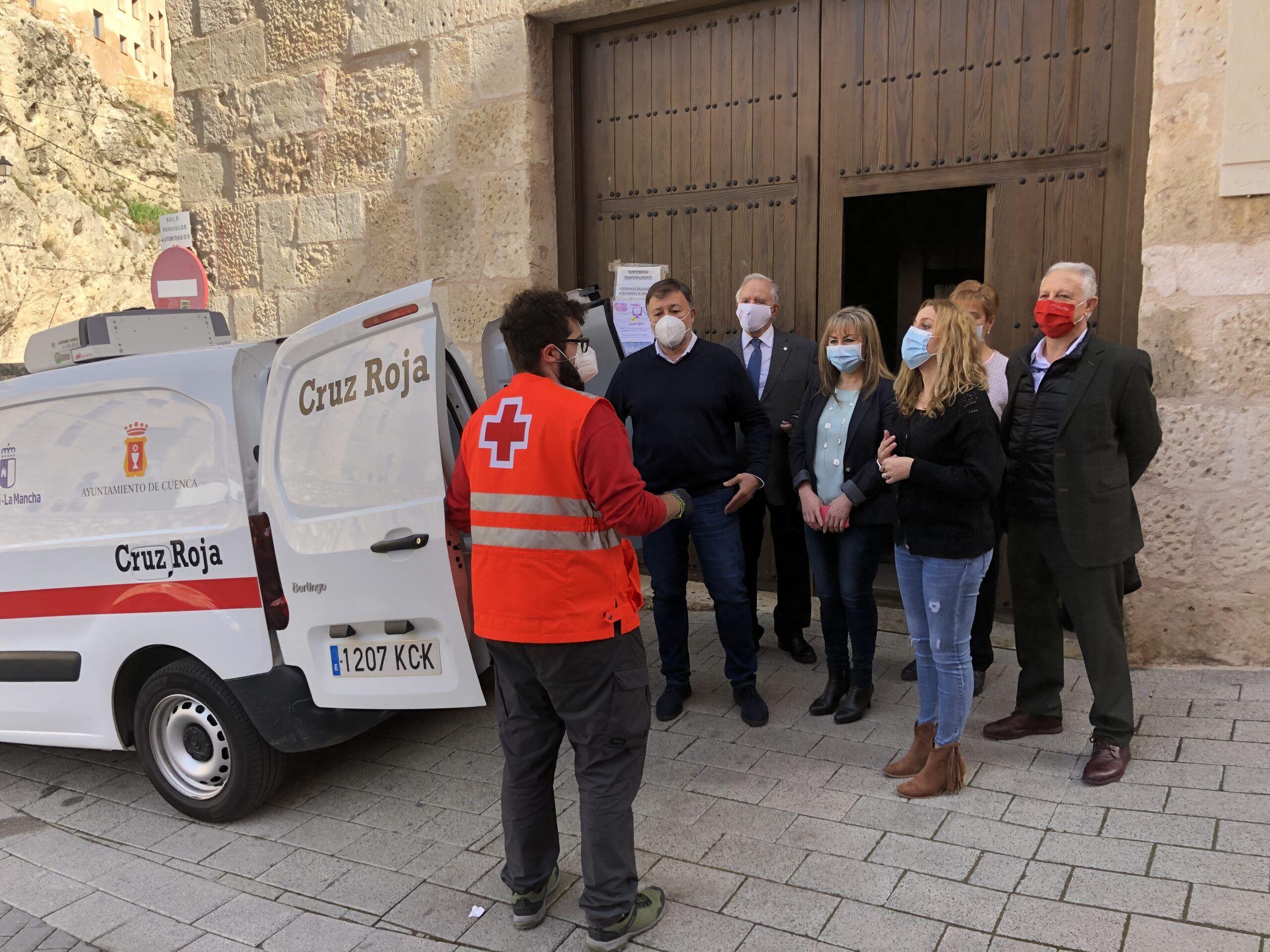 Un total de 66 mayores se benefician del Servicio de Comidas a Domicilio puesto en marcha por Ayuntamiento y Junta en colaboración con Cruz Roja