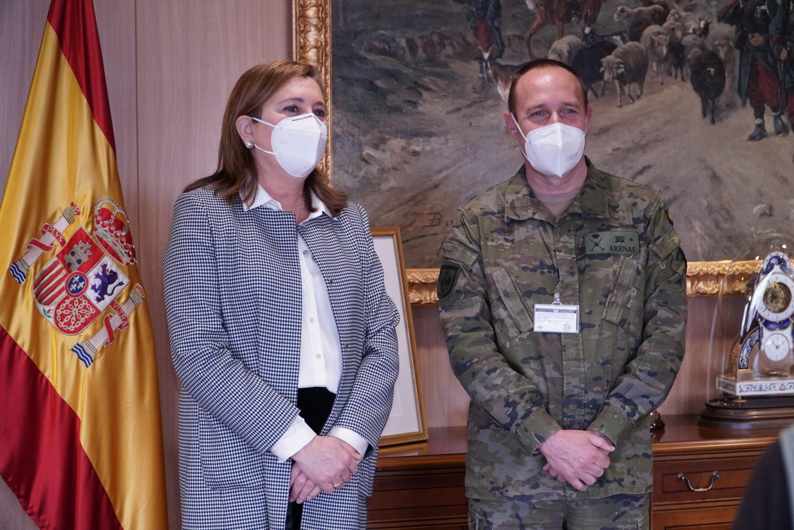 El Gobierno regional y el Museo del Ejército estrechan lazos de colaboración para desarrollar proyectos futuros