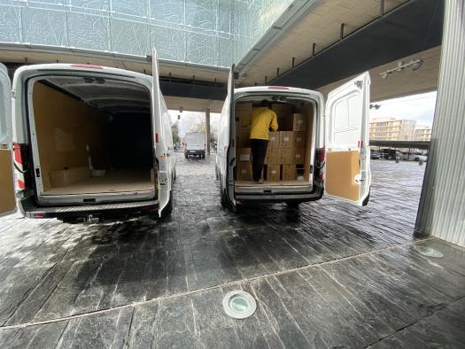 El Gobierno de Castilla-La Mancha ha distribuido esta semana casi 600.000 artículos de protección para profesionales sanitarios
