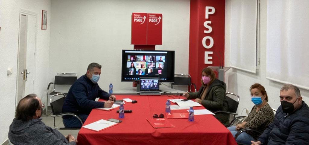 """La Ejecutiva del PSOE destaca la importancia de que durante la pandemia """"se haya rescatado a las personas y no a los bancos"""""""