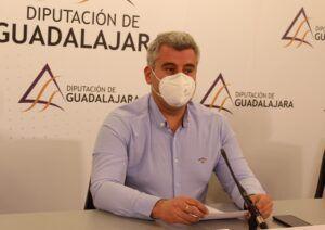 """Esteban afirma que la diputada de Economía """"no se entera"""" de la realidad del recurso del Grupo Popular"""