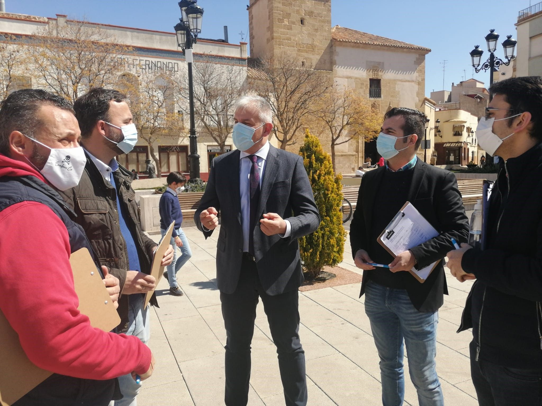 Romero y Callejas solicitan a la Junta y al Ayuntamiento de Tomelloso, datos, informes y documentos sobre la UCI y el Plan Funcional del Hospital