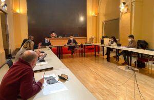 El equipo de Gobierno presenta en la Comisión de Promoción Económica el paquete de medidas para la reactivación local